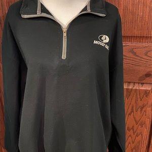 Used Mossy Oak 1/4 zip black & moss  sweatshirt